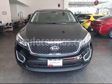 Foto venta Auto usado Kia Sorento 2.4L LX (2018) color Negro precio $379,000