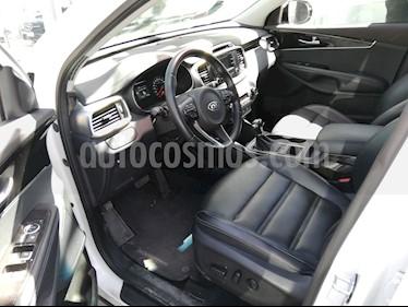 Foto venta Auto usado Kia Sorento 3.3L EX 7 Pas (2018) color Blanco Perla precio $465,210