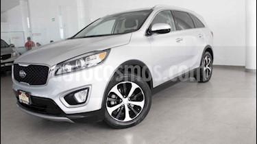 Foto venta Auto usado Kia Sorento 3.3L EX 7 Pas (2017) color Plata precio $380,000