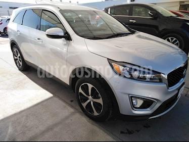 Foto venta Auto usado Kia Sorento 3.3L EX Pack Nav 7 Pas (2017) color Plata precio $355,000