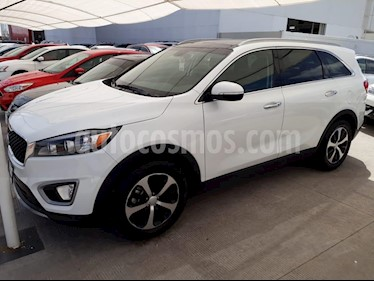 Foto venta Auto Seminuevo Kia Sorento 3.3L EX (2018) color Blanco precio $548,000