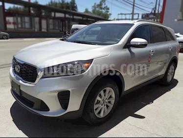 Foto venta Auto usado Kia Sorento 5p LX L4/2.4 Aut 7 Pas (2019) color Plata precio $438,000