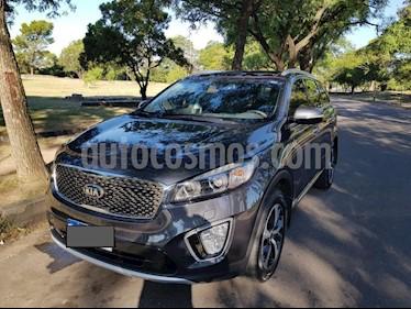 Foto venta Auto usado KIA Sorento EX 2.2 Aut 4x4 TDi (2017) color Gris Oscuro precio $1.963.000