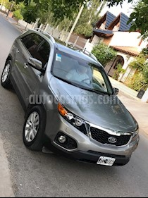 Foto venta Auto usado KIA Sorento EX CRDi 2.2 Aut Premium (2010) color Gris Oscuro precio $550.000