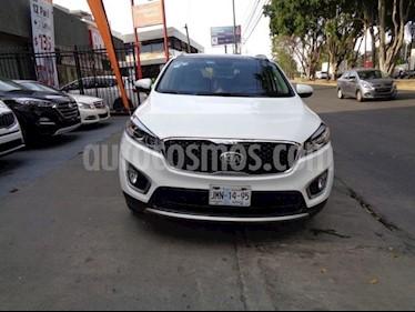 Foto venta Auto usado Kia Sorento LX (2016) color Blanco precio $398,000