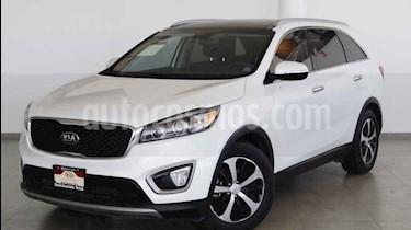 Kia Sorento 5 pts. EX PACK, V6 TA A/AC, Piel QCP GPS 7 pas. RA usado (2016) color Blanco precio $339,000