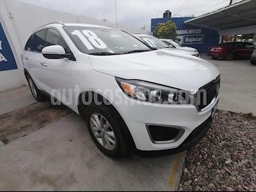 Kia Sorento 2.4L LX usado (2018) color Blanco precio $350,000