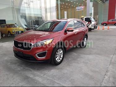 Kia Sorento 2.4L LX 5 Pas usado (2018) color Rojo precio $357,900
