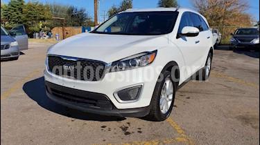 Kia Sorento 2.4L LX usado (2018) color Blanco precio $278,800