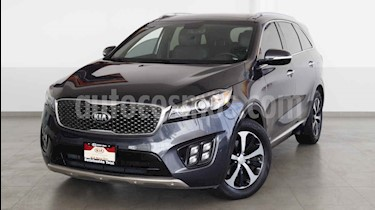 Kia Sorento 5 pts. SXL, V6, TA, A/AC, Piel, f. led, QCP, GPS,  usado (2017) color Blanco precio $417,000