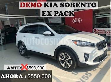 Kia Sorento 5p EX PACK, L4, TA 6Vel, A/AC, Piel, QCP, GPS, 7 p usado (2020) color Blanco precio $550,000