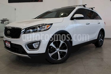 Kia Sorento 5 pts. EX Pack, V6, TA, A/AC, Piel, QCP, GPS, 7 pa usado (2017) color Blanco precio $371,000