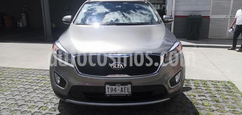 Kia Sorento 3.3L EX 7 Pas usado (2016) color Plata Titanium precio $290,000