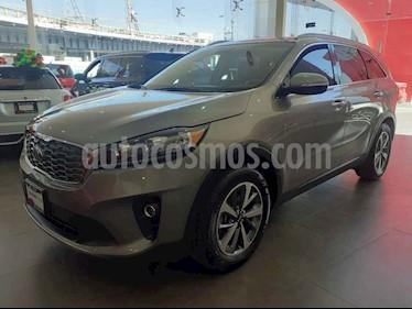 Kia Sorento 3.3L EX Pack Nav 7 Pas usado (2019) color Gris precio $529,000