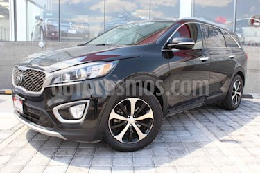 Kia Sorento 5 pts. EX PACK, V6 TA A/AC, Piel QCP GPS 7 pas. RA usado (2016) color Negro precio $299,000