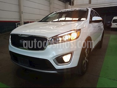 Kia Sorento 3.3L EX usado (2018) color Blanco precio $409,000