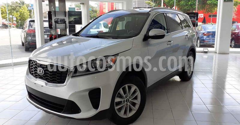 Kia Sorento 2.4L LX 5 Pas usado (2019) color Plata precio $319,900