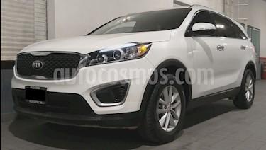Kia Sorento 2.4L LX usado (2018) color Blanco precio $359,000