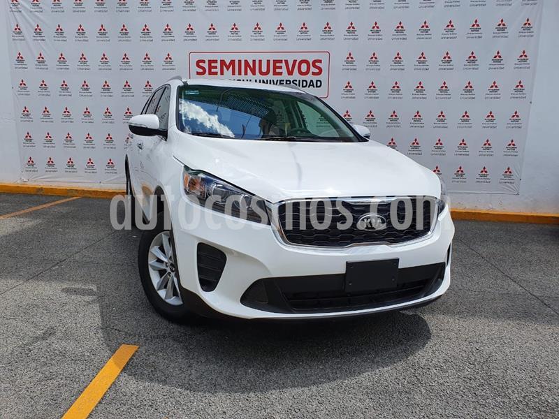 Kia Sorento 2.4L LX usado (2020) color Blanco Perla precio $385,000