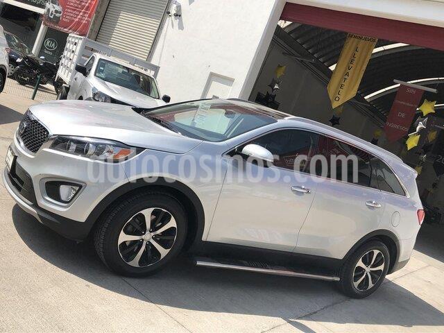 Kia Sorento 2.4L EX Pack usado (2017) color Plata Titanium precio $380,000