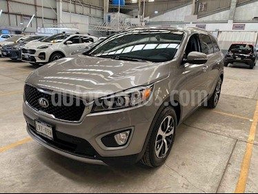 Kia Sorento 5 pts. EX PACK, V6 TA A/AC, Piel QCP GPS 7 pas. RA usado (2016) color Plata precio $339,000