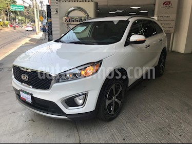 foto Kia Sorento 3.3L EX usado (2016) color Blanco Perla precio $330,000