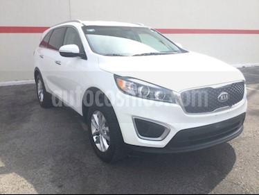 Foto venta Auto usado Kia Sorento SORENTO LX T. AUTOMATICA (2018) color Blanco precio $350,000