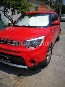 Foto Kia Soul LX Aut usado (2018) color Rojo Infierno precio $245,000