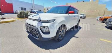 """Kia Soul 5 pts. EX, 2.0L, 147 HP, TA6, A/AC, f. led, RA-17"""" usado (2020) color Blanco precio $310,000"""