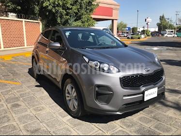 Foto venta Auto usado Kia Sportage EX 2.0L Aut (2017) color Plata Mineral precio $305,000