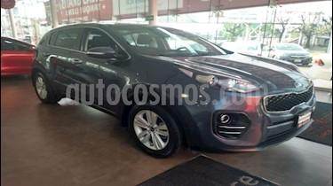 Foto venta Auto Seminuevo Kia Sportage EX 2.0L Aut (2018) color Azul Intense precio $369,000