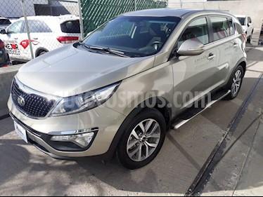 Foto venta Auto Seminuevo Kia Sportage EX 2.0L Aut (2016) color Dorado precio $275,000