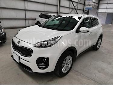 Foto venta Auto usado Kia Sportage EX 2.0L Aut (2017) color Blanco precio $297,900