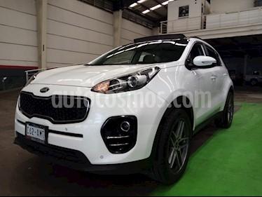 Kia Sportage EX Pack 2.0L Aut usado (2017) color Blanco precio $300,000