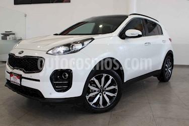 Kia Sportage 5p EX Pack L4/2.0 Aut usado (2017) color Blanco precio $345,000