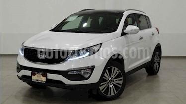 Kia Sportage EX Pack 2.0L Aut usado (2016) color Blanco precio $304,000