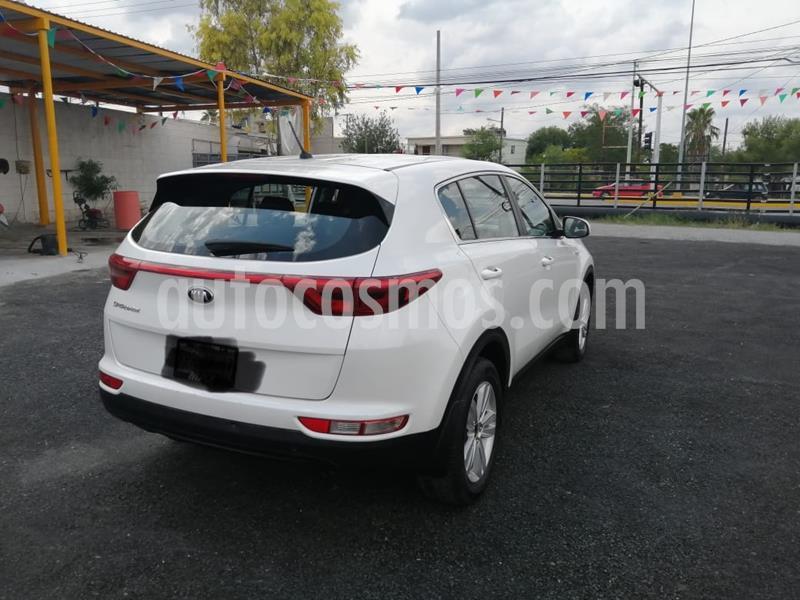 Kia Sportage LX 2.0L Aut usado (2016) color Blanco precio $250,000
