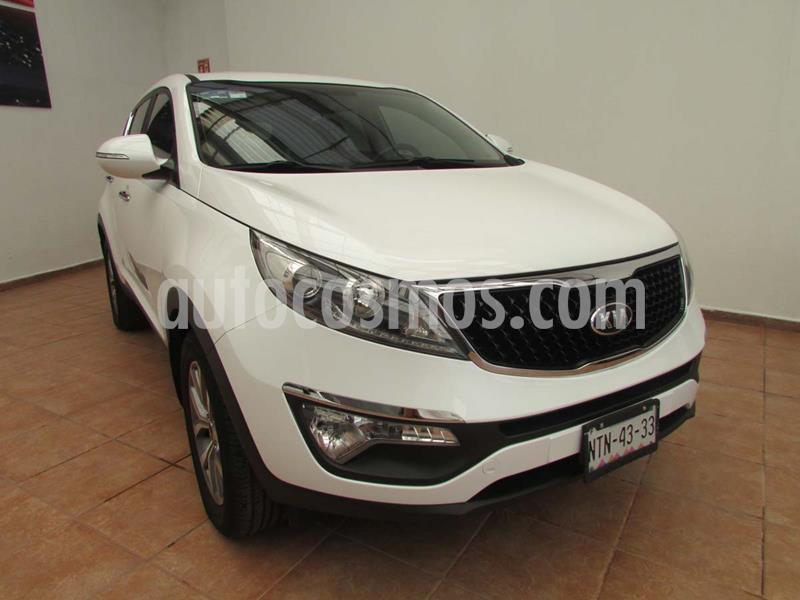 Kia Sportage EX 2.0L Aut usado (2016) color Blanco Perla precio $268,000
