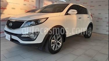 Kia Sportage 5 pts. EX, TA A/AC, Tela, Camara reversa f. niebla usado (2016) color Blanco precio $270,000
