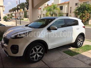 foto Kia Sportage SXL AWD 2.4L usado (2016) color Blanco precio $330,000