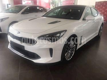 Foto venta Auto usado Kia Stinger EX (2018) color Blanco precio $450,000