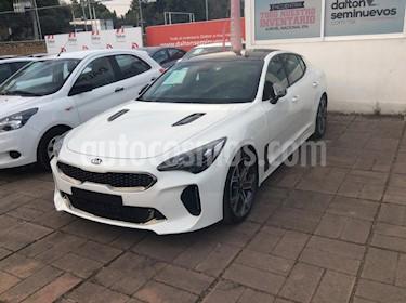 Foto venta Auto usado Kia Stinger GT (2018) color Blanco precio $679,000