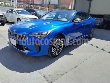 Kia Stinger GT Line usado (2018) color Azul precio $500,000