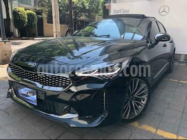 "Kia Stinger 4 pts. GT Line, 2.0T, TA, camara reversa 8"", volan usado (2018) color Negro precio $460,000"