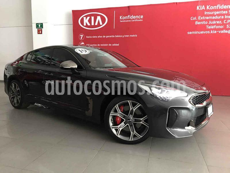 Kia Stinger GT usado (2019) color Gris Metalico precio $755,000