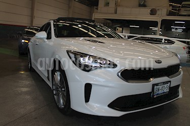 Kia Stinger EX usado (2019) color Blanco precio $480,000