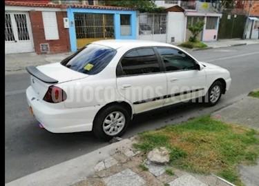 Foto venta Carro usado KIA Taxi 5:5 1.5L (2003) color Blanco precio $8.500.000
