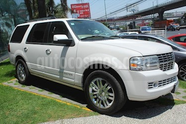 Lincoln Navigator 5.4L 4x2 Ultimate usado (2010) color Blanco precio $225,000