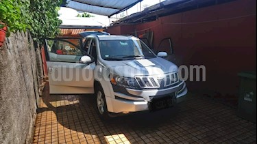 Foto venta Auto usado Mahindra XUV 500 2.2L 4x2 Limited (2014) color Plata precio $9.700.000