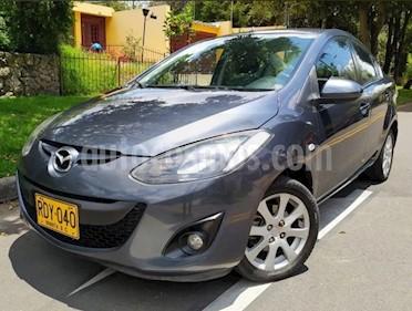 Mazda 2 Sedan 1.5L Aut usado (2011) color Gris precio $26.500.000